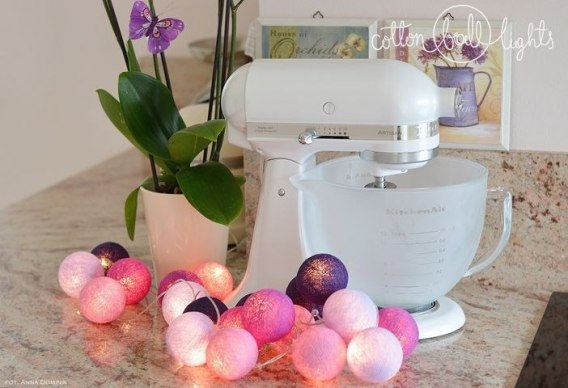 Cotton Balls Violets by Cotton Ball Light 50L